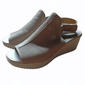 NATURALIZER Perforated Peep Toe Wedge Sandal 8.5